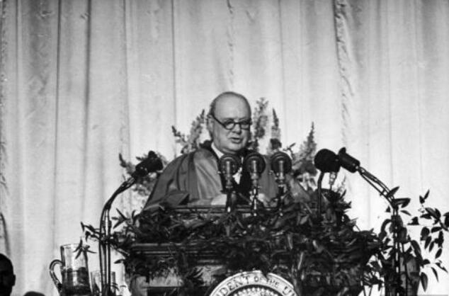 丘吉尔的铁幕演说与冷战关系大吗?